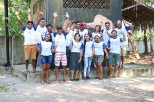 Jovens e lideranças comunitárias participam de formação em rádio