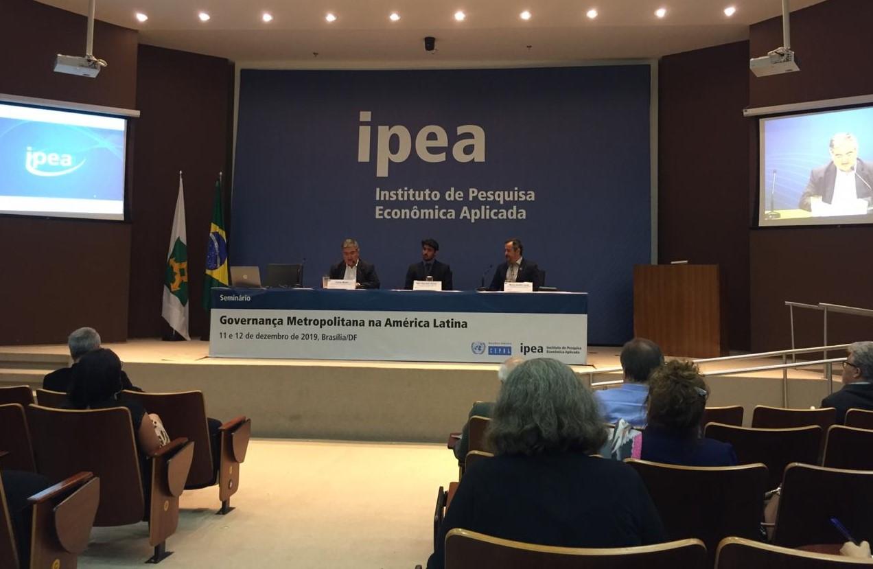 Pesquisadores latinos debatem a gestão de regiões metropolitanas em Brasília